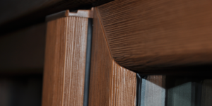 Nowość na rynku – Okna Real Wood o unikalnej strukturze drewnopodobnej